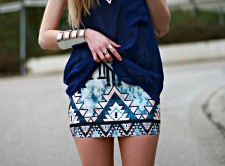 Как правильно носить юбку с кофтой?
