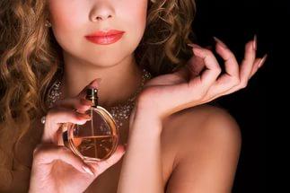 Как правильно наносить парфюмерный аромат?