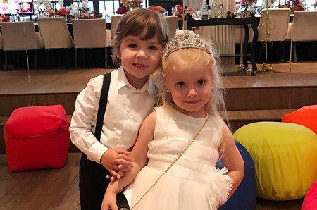 Алла Пугачева и Максим Галкин отпраздновали 4-летие детей