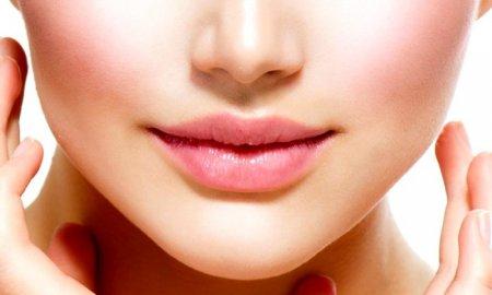 Уменьшение губ — голливудский новый тренд