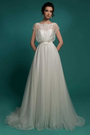 Свадьба в стиле ампир: как выбрать платье по фигуре, аксессуары и атрибуты