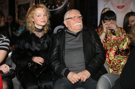 Армен Джигарханян после скандала подал на развод