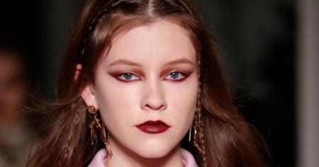 Стрелки цвета марун - самый дерзкий модный тренд осени