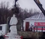 В Белозерске коммунистов попросили увезти памятник Ленину с земли Вагана Папазяна