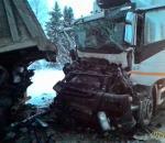 На трассе в Шекснинском районе столкнулись пять автомобилей
