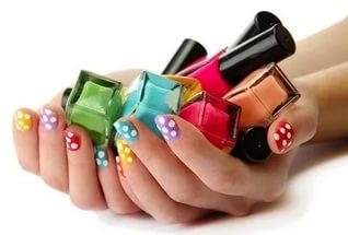 История возникновения лака для ногтей