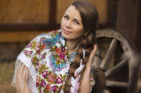 Русская коса – одна из самых известных в истории причесок