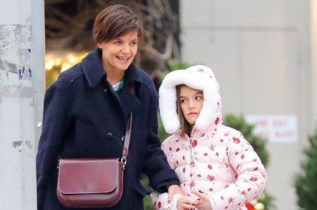Кэти Холмс с дочерью готовятся к Рождеству