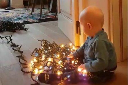 Сын Ксении Собчак и Максима Виторгана готовиться к Рождеству