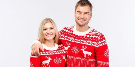 Нарядные зимние свитеры-2018