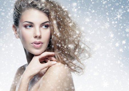 Отчего зимой волосы становятся сухими?