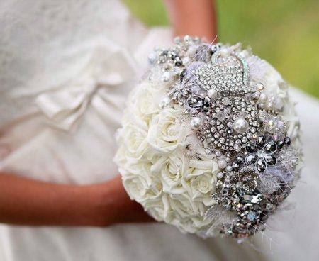 Брошь для невесты